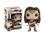 Wonder Woman (Чудо-женщина) из киноленты Batman v Superman: Dawn of Justice (Бэтмен против Супермена: На заре справедливости)