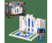Batman with Hall of Justice Town из комиксов DC Comics
