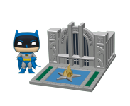Batman with Hall of Justice Town из комиксов DC Comics