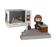Hermione Granger with Potions Class Diorama Mini Moments из фильма Harry Potter